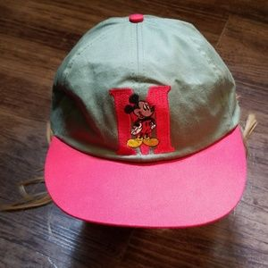 Vtg Walt Disney Co. Mickey Mouse Embroidered Cap